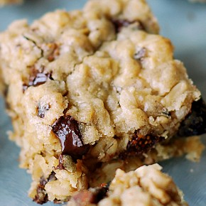 Chocolate-Fig Oatmeal Bars